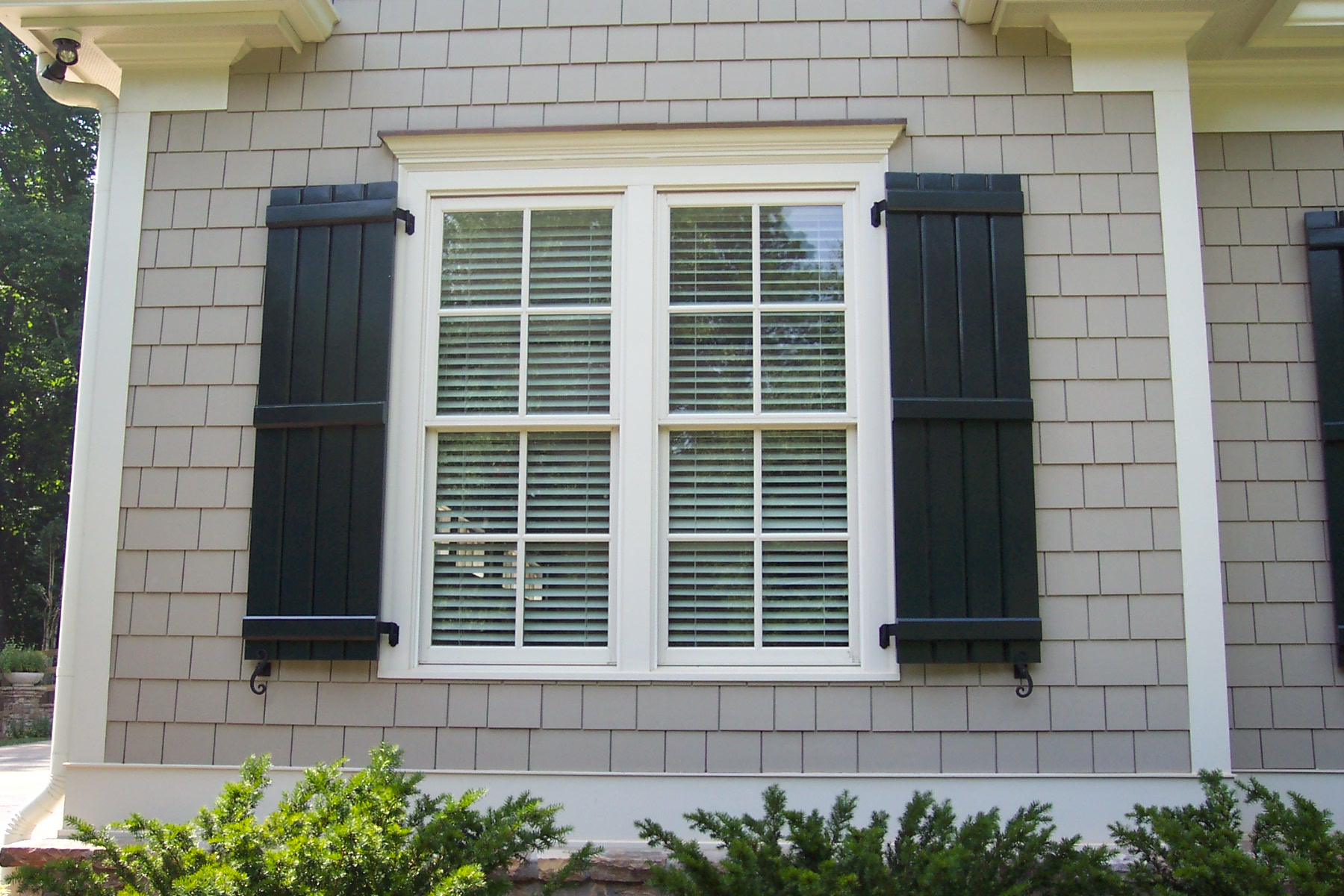 Board and batten shutters diy or buy - Pictures of exterior shutters on homes ...